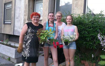 Sadili smo rože in zelišča
